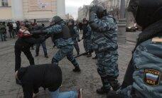 Rinkimų išvakarėse į Maskvą permetami omonininkai