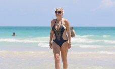 Amerikietiškoji Daina Bilevičiūtė rubensiškas formas demonstravo saulėtame paplūdimyje