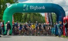 Mindami pedalus pavasarį sostinėje palydėjo 627 dviratininkai