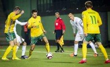Lietuvos nacionalinė futbolo rinktinė FIFA reitinge toliau ritasi žemyn