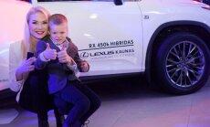 Natalija Bunkė su sūnumi