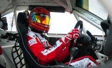 G. Grinbergas Eneos 1006 km lenktynėse dalyvaus Lexus automobiliu