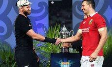 """""""All Blacks"""" žaidėjas Kieranas Readas (kairėje) bei britų ir airių """"Lions"""" žaidėjas Sam Warburton"""