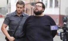 Galimai motiną nužudęs vyras atvesdintas į teismą