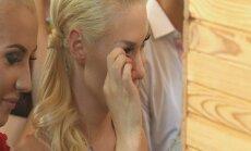 N. Bunkė verkia per Zvonkų vestuves