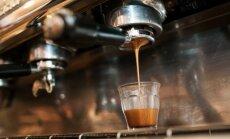 Internautai pasidavė naujai madai: kavą tenka gerti paskubomis