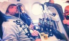 Kaip Lietuvai kenkia net lėktuvuose geriantys ir rūkantys emigrantai