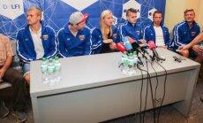 Rūta Meilutytė ir Lietuvos plaukimo rinktinė grįžo į Vilnių