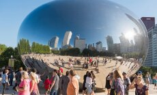 Chicago's 'Cloud', gathering place for annual Lithuanian National Anthem singing  Photo Ludo Segers