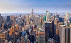 """Vaizdas iš dangoraižio """"Top Of The Rock"""" apžvalgos aikštelės"""