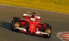Sebastianas Vettelis ir automobilis Gina