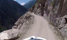 Kelias Himalajuose