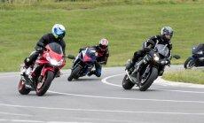 Motociklininkų lenktynės kartodrome