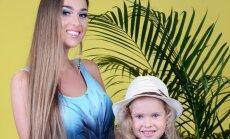 Maudymosi kostiumėlių kolekcija mamai ir dukrai