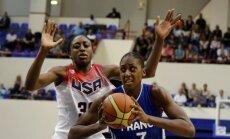 Sandrine Gruda veržiasi pro Nneka Ogwumike