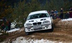 R. Šeinauskas ir R. Krikščiūnaitė Halls Winter Rally lenktynėse