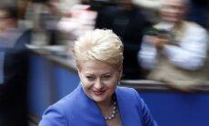 EP viešėjusiai prezidentei – ir pagyros, ir priekaištai