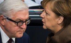 Frank-Walter Steinmeier and Angela Merkel