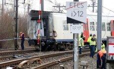Belgijoje nuo bėgių nulėkė traukinys