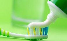 Ištyrė skirtingas dantų pastas: rezultatai gąsdinantys