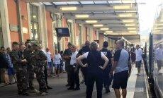 Prancūzijos policija prie traukinio
