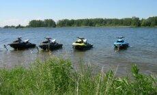 Aplinkosaugininkų patikrintos plaukiojimo priemonės