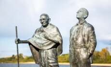 M.Gandhi and H.Kallenbach sculpture in Lithuania
