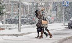 Neįprasta žiema glumina: pūgą keičia lietus ir net keli laipsniai šilumos