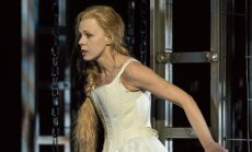 "Jurgita Adamonyte (""Pelejas ir Melisanda"", Velso Nacionaline opera, foto Clive Barda)"