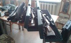 Iš brakonierių konfiskuoti šautuvai