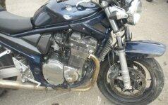 Tragiška avarija Panevėžyje: automobilio vairuotojas mirtinai sužalojo motociklininką