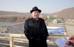 Trys Latvijos bankai nubausti už pinigų pervedimus į Šiaurės Korėją