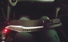 Prie Žaliųjų ežerų vyrams teko sprukti nuo ledų pardavėjo: puolė ginkluotas mačete