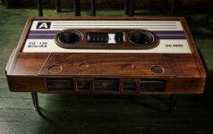 Darau pats: kasetę primenantis stalas