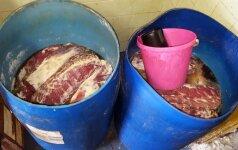 Aptiko nelegalų mėsos cechą