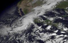 Floridoje dėl artėjančios stichijos paskelbta nepaprastoji padėtis