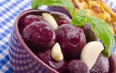 Ruošiam atsargas: paprastas marinuotų burokėlių receptas