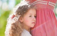 Mergaitę įvaikinusi mama: man sunku ją mylėti kaip savą