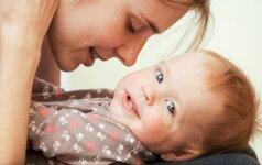 30 frazių, kurios suerzina jaunas mamas