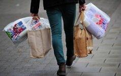 Aplinkos ministerija pasiūlė būdą, kaip mažinti plastikinių maišelių naudojimą