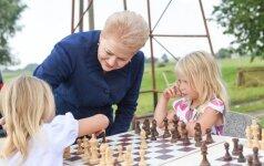 D. Grybauskaitė: vaikams reikia dėmesio, žmogiškojo dėmesio, ne tik materialinės pagalbos