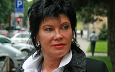 Raisa Šarkienė nustebino nauju įvaizdžiu