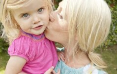 2 vaikų mama ATVIRAI: motinystė man – kaip budizmas