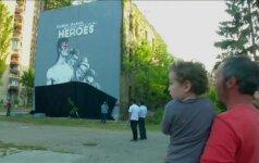 Bosnijoje D. Bowie pagerbtas milžiniška freska