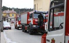 Kauno senamiestyje sieną išardę ugniagesiai rado moters kūną
