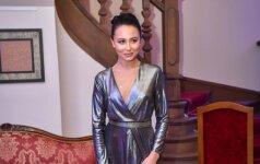 Dainininkės Vashos triumfas: blizganti suknelė popmuzikos ledi pavertė rafinuota dama