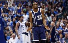 Kodėl NBA žaidėjai klastoja savo ūgį?