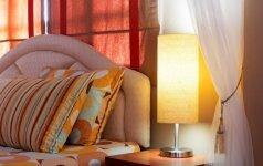 Kelionių niuansai: ar tikrai norite per atostogas dalintis lova su paaugliu?