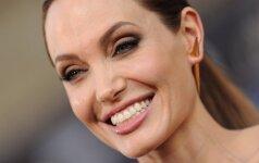 Kaip savo vaikus auklėja Angelina Jolie: 3 svarbiausi principai