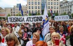 Trišalė taryba švietimo profsąjungoms siūlo dar derėtis, o ne streikuoti